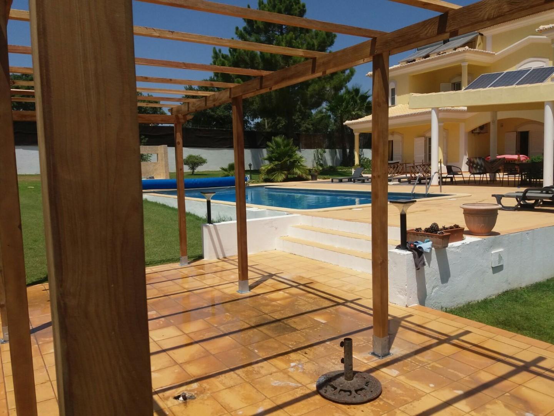 Pérgula com cobertura de rede _ Algarve